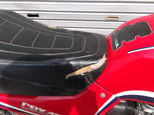 画像5: HONDA CBX400F 逆車カラー赤 通関証